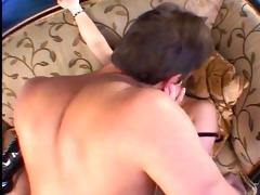 corpulent dad bows a slut in latex boots