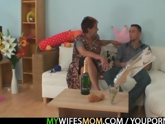 he is acquires enticed by his gfs old mommy