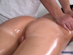 massage rooms hot playgirl squirting when getting