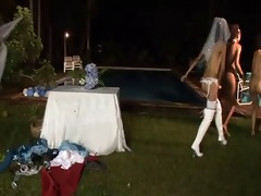 0 father 5 bride 10 thong on maids